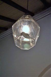 klooster lamp ter reperatie